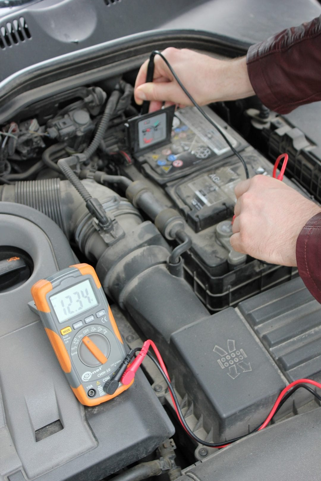 Check Car Battery Voltage With Multimeter Housetechlab