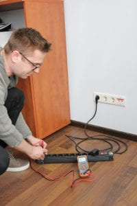 Using a Multimeter to Test Electrical Outlets